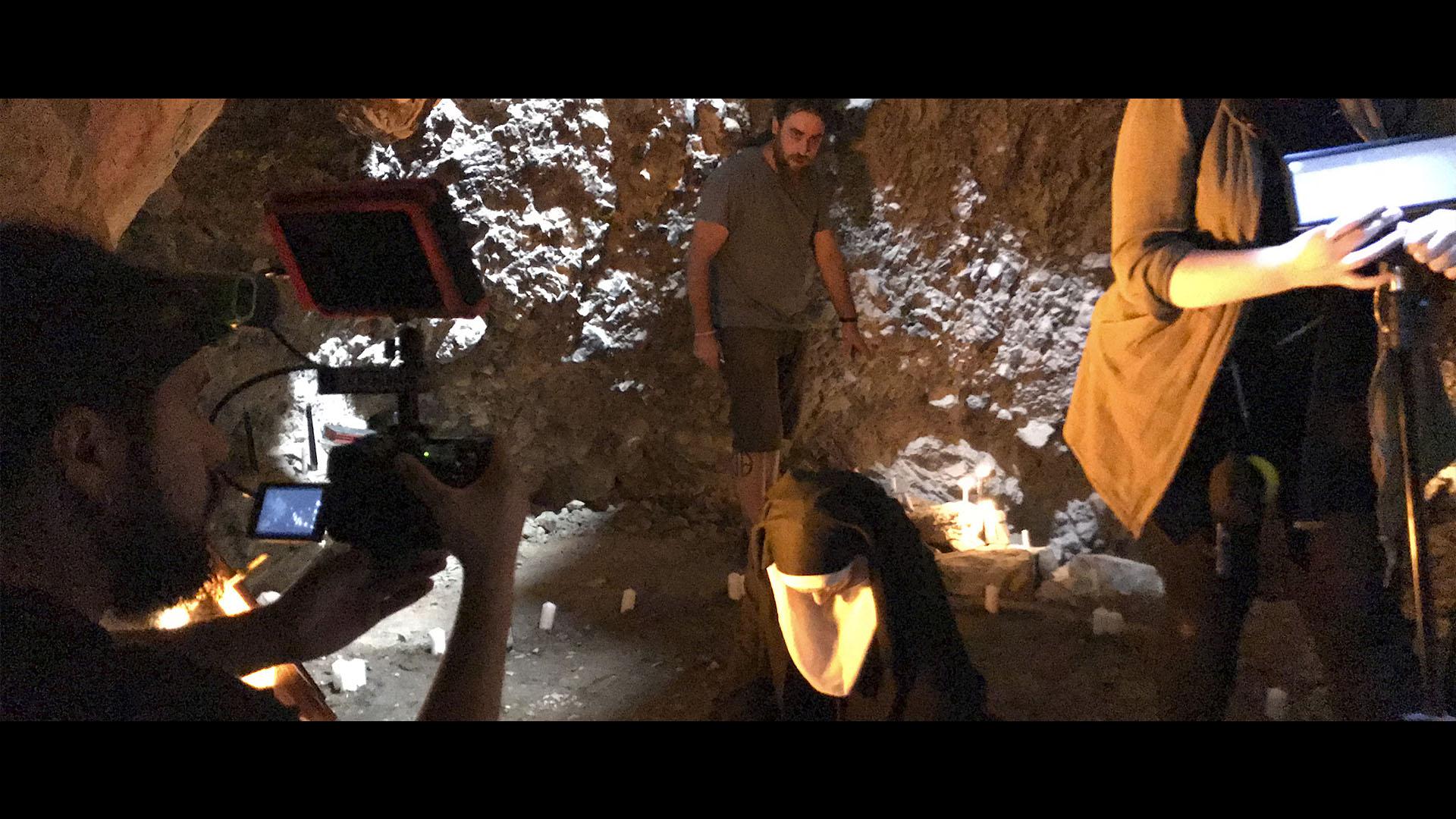 trabajando en las cuevas de alcañiz
